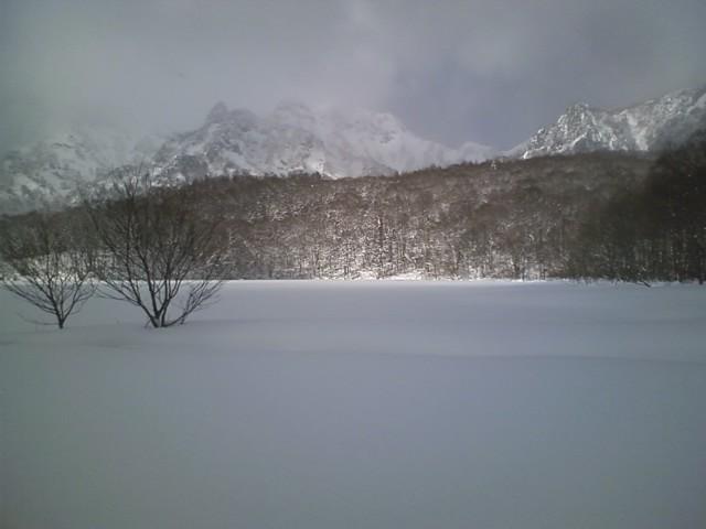 白き鏡池 2011