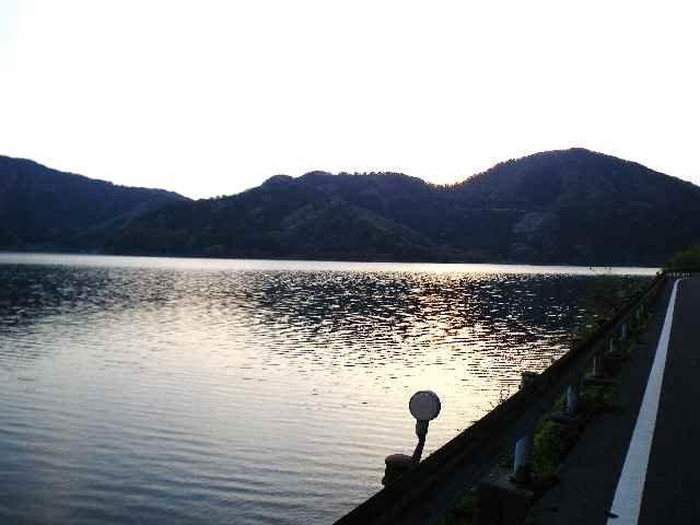 湖の道−1(大浦から高月駅まで)