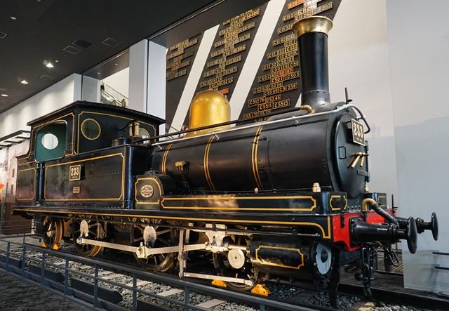 京都鉄道博物館 (2)蒸気機関車...